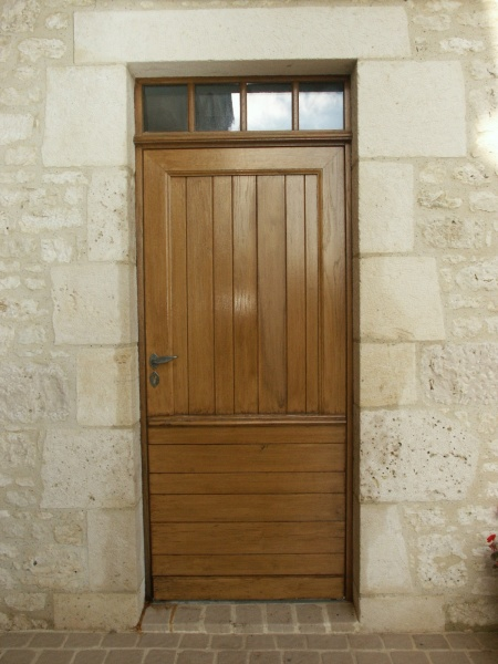 Portes bois, porte dentrée en bois, fabrication de portes en bois  Menu -> Modele Du Porte Tv En Bois